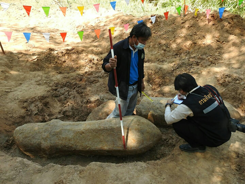 กรมศิลปากรตรวจสอบหลักหินเสมา 2 หลัก ที่บ้านกุดตาใกล้ หมู่ 4 ต.สายนาวัง อ.นาคู จ.กาฬสินธุ์