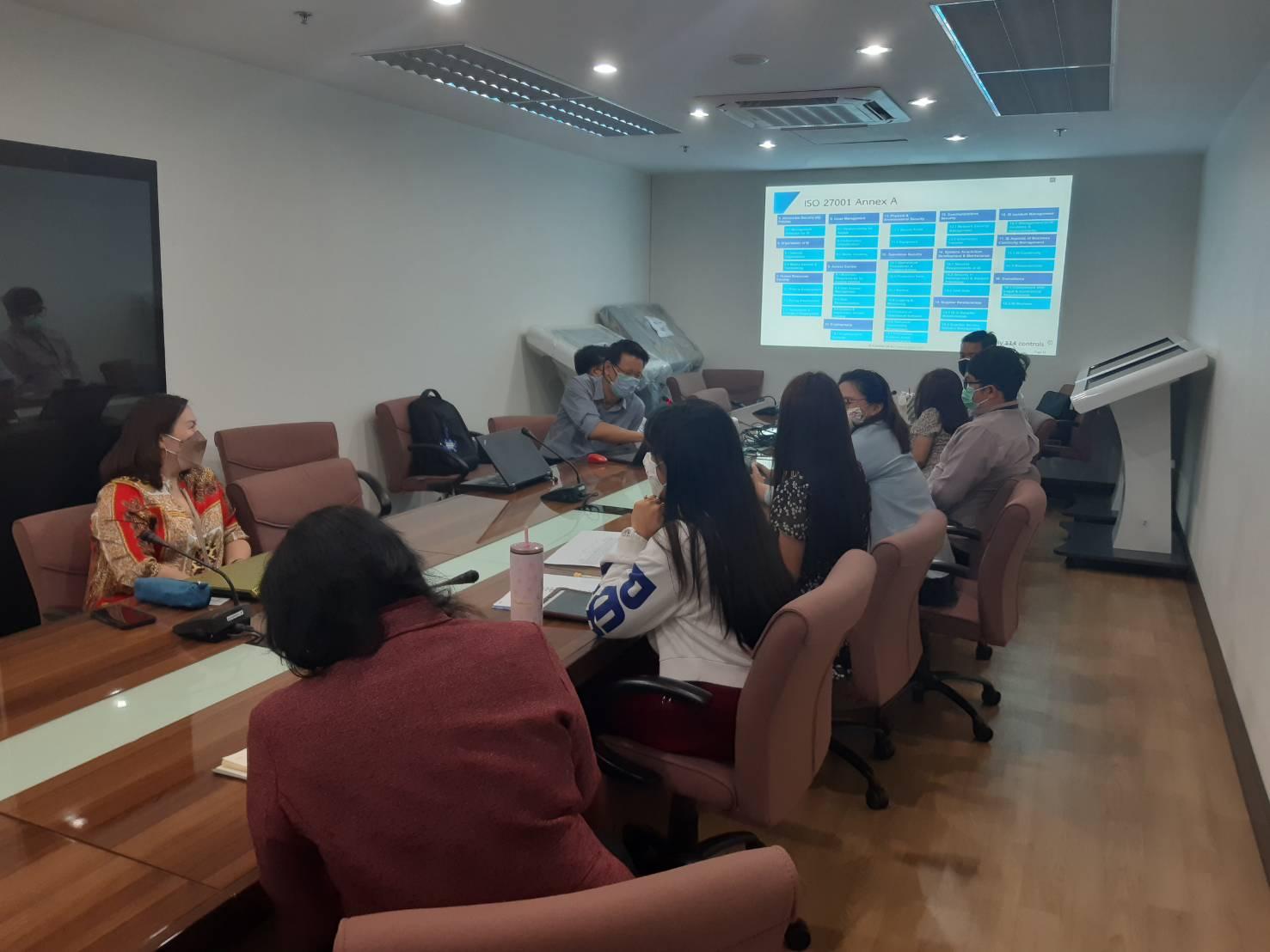 ศูนย์เทคโนฯ หารือรวมกับบริษัทksc เพื่อเตรียมความพร้อมการสร้างมาตรฐาน ISO ของหน่วยงาน