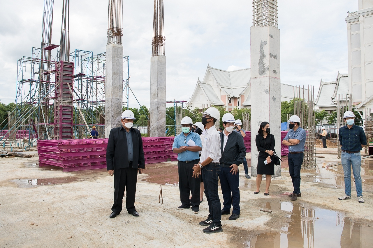 การประชุมตรวจรับงานโครงการก่อสร้างอาคารพิพิธภัณฑสถานพระราชพิธีถวายพระเพลิงพระบรมศพ พระบาทสมเด็จพระปรมินทรมหาภูมิพลอดุลยเดช บรมนาถบพิตร