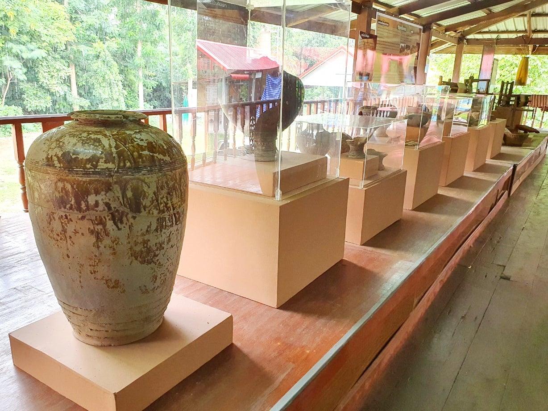 พิพิธภัณฑ์ชุมชนวัดบ้านปราสาท อำเภอปราสาท จังหวัดสุรินทร์